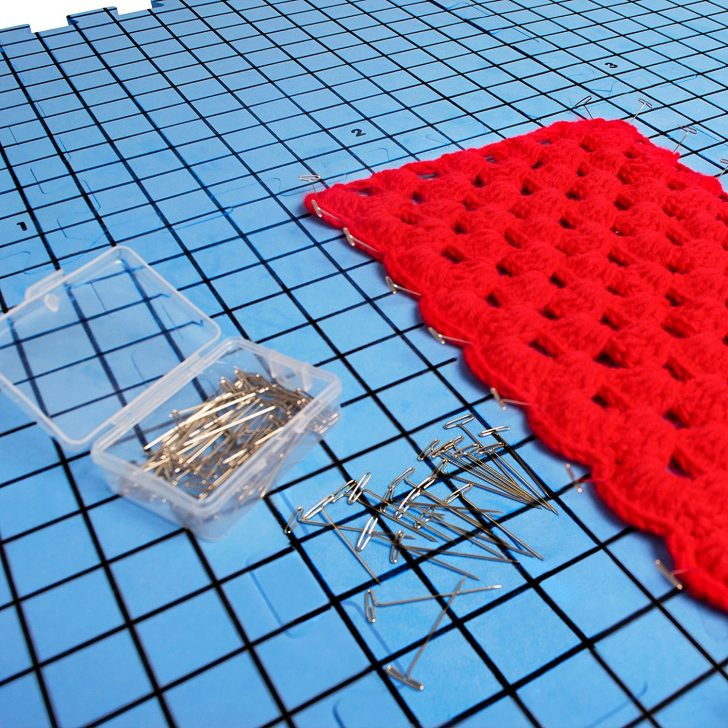 he Humble Crafter Blocking Mat set comes with 9 blocks and 100 T pins - everything you need to get started with blocking!