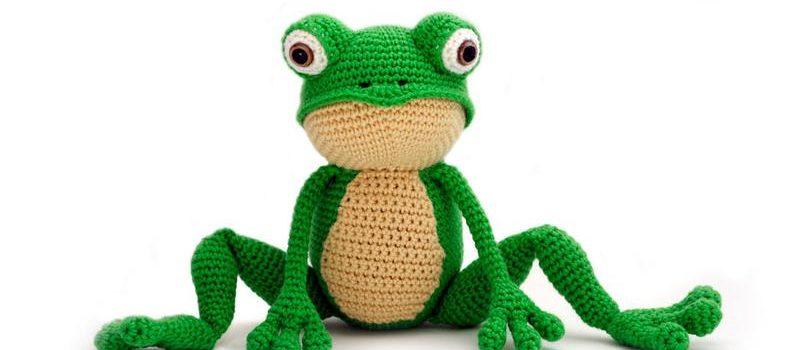 Fritz the Frog by Yuki Yarn Designs